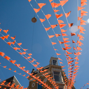 Orange Streamers